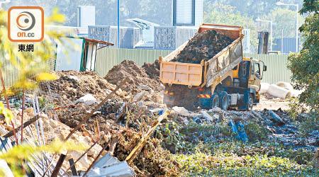 非法傾倒建築廢料 逾萬舉報僅80檢控 - 東方日報