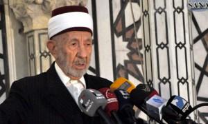 Mohammad Said Ramadan al-Buti a Sunni Muslim preacher, was killed in a suicide bomb attack on March 21, 2013. Photo: Sana/Reuters Source: Guardian