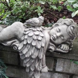Engel Azur - Engel Azur liegend mit Vogel zum Stecken