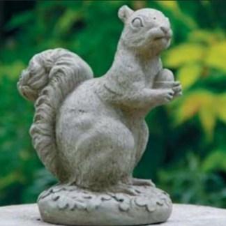 Eichhörnchen sitzend