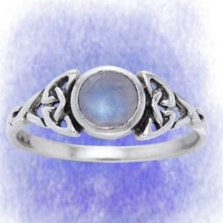 Ring Filigran mit Mondstein aus 925-Silber