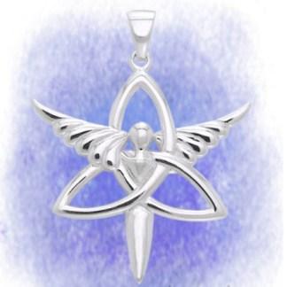 Anhänger Engel mit Triskel aus 925-Silber