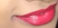 Oriflame Red Velvet shade without flashlight