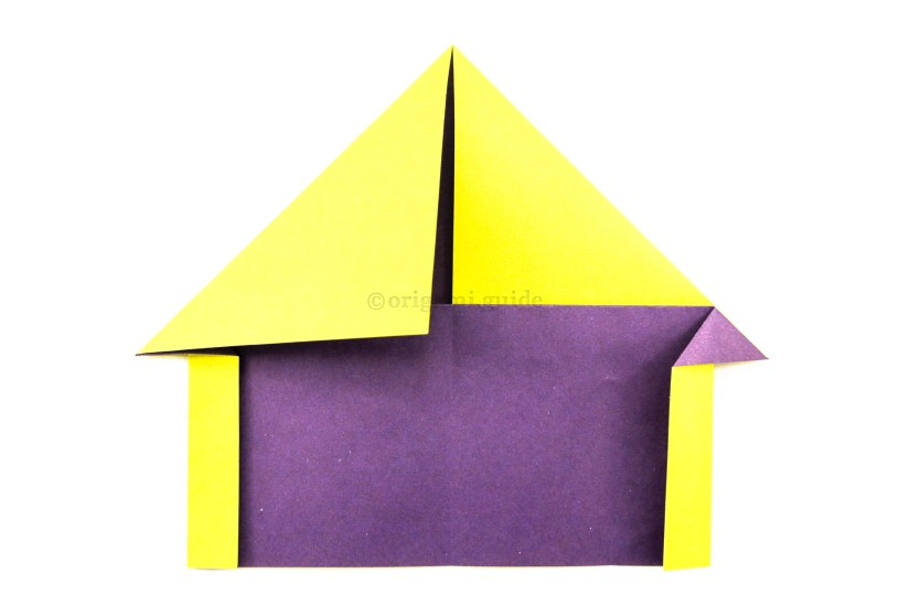 14. If you'd like a chimney: Take one of the top section's flaps out from the horizontal flap.