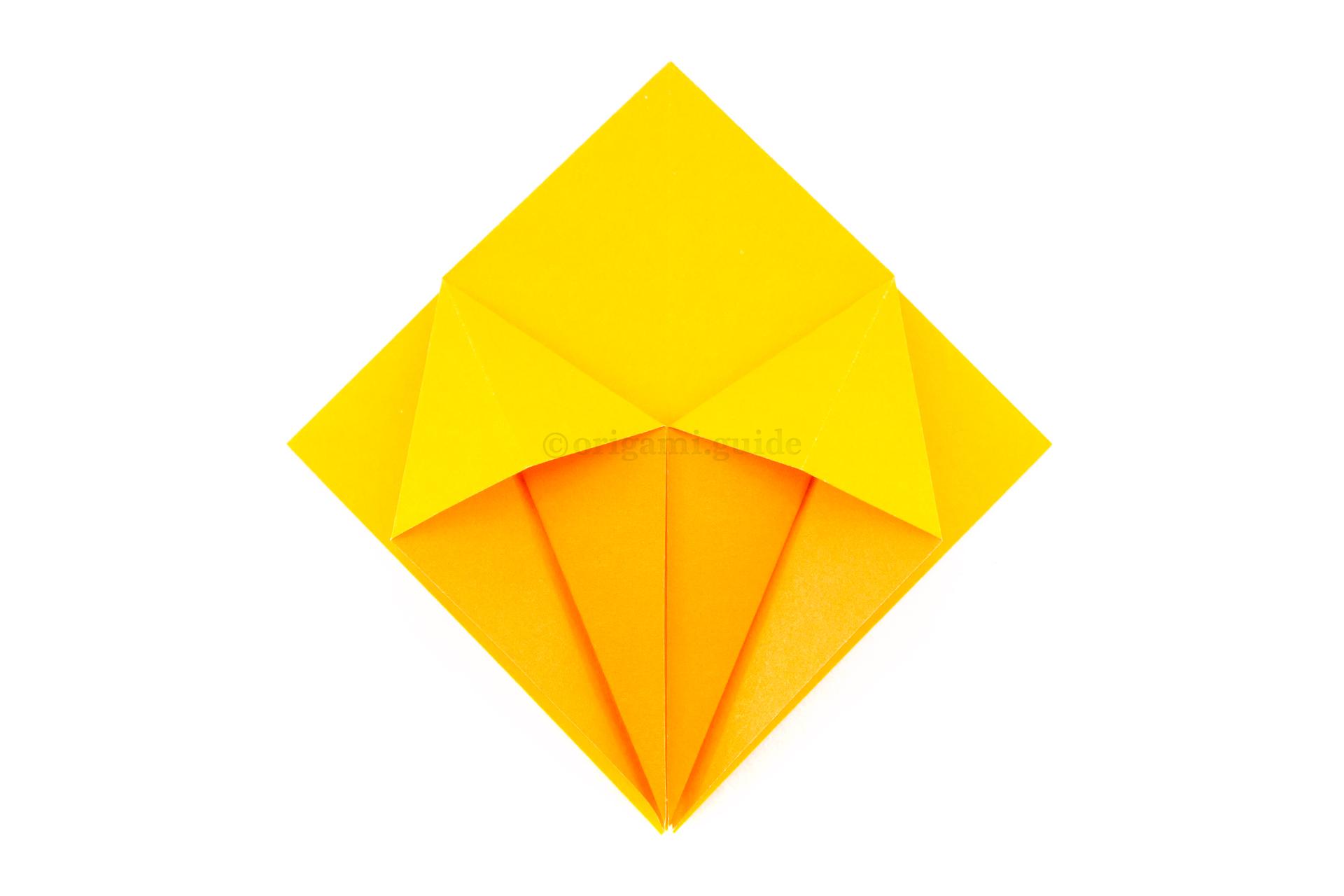 Origami Favor Sunburst Box! #origamihearts | Origami star box, Origami box  easy, Origami stars | 1280x1920