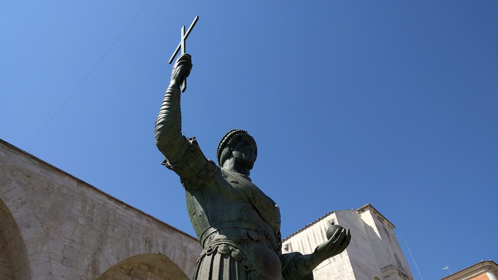 Zwiedzanie Apulii - co warto zobaczyć - Barletta