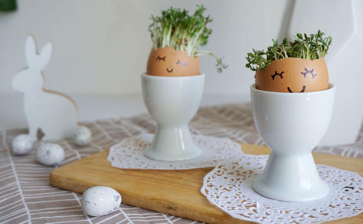 DIY Wielkanocna dekoracja ze skorupek jaj na stół wielkanocny
