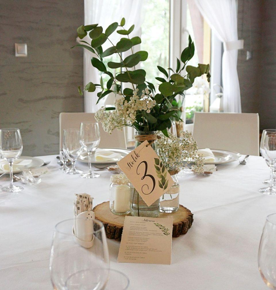 DIY Rustykalne dekoracje na stołach weselnych