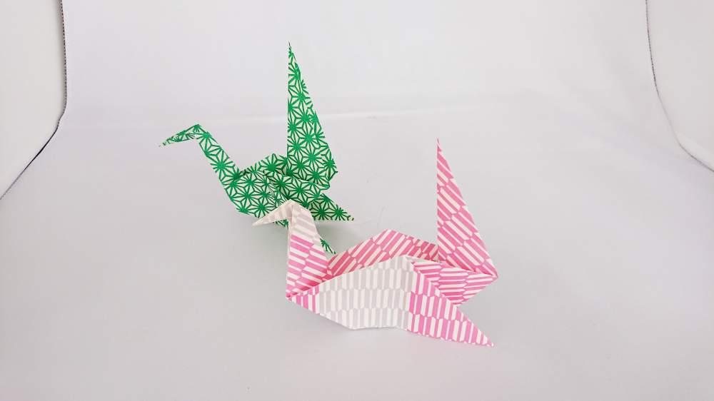 【鳥の折り紙】優雅な水鳥『白鳥』の折り方・作り方 素敵な鳥の折り紙