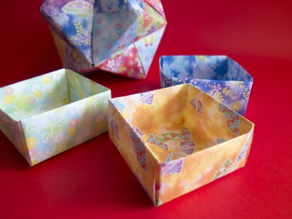 How to Make an Origami Box | 17 boxes instructions and diagram.