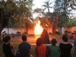 Performance ''Inner Past'' © Dalila Dalléas Bouzar Courtesy Galerie Cécile Fakhoury - Abidjan