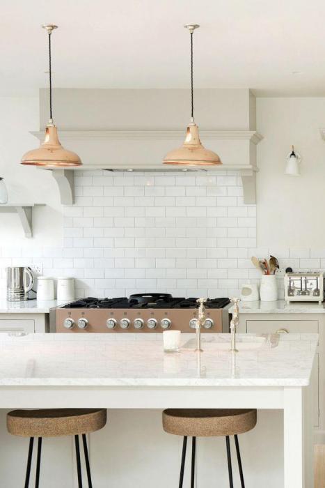 Hang Fun Lighting White Kitchen