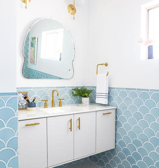 10 Eye Catching Fish Scale Tile Ideas For Home Decor