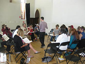 The regular Sunday singing attracted a smaller crowd but was even nicer and more powerful than the previous day's singing. Photograph by Eimear Cradock.