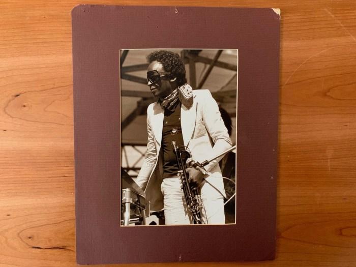 Photo of Miles Davis c.1977