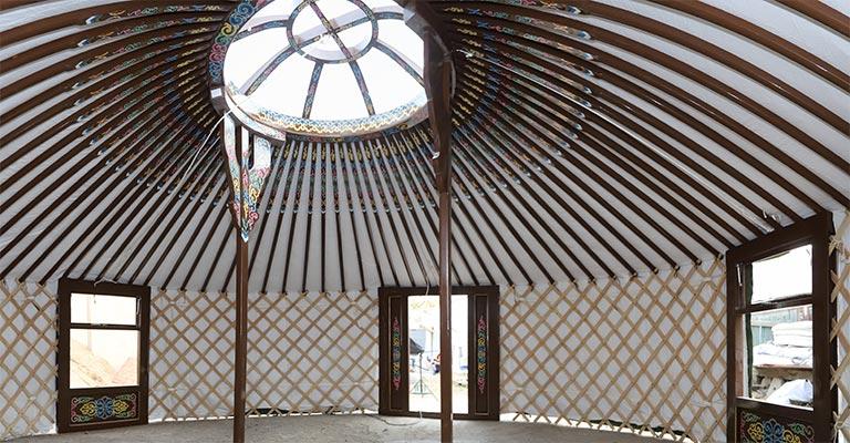 Y321_M4_5W_saddle-brown Yurt