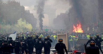 From Paris to Marseille: Tear gas & clashes as Yellow Vest protests take place across France
