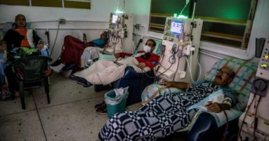 Pathological Deceit: The NYT Inverts Reality on Venezuela's Cuban Doctors
