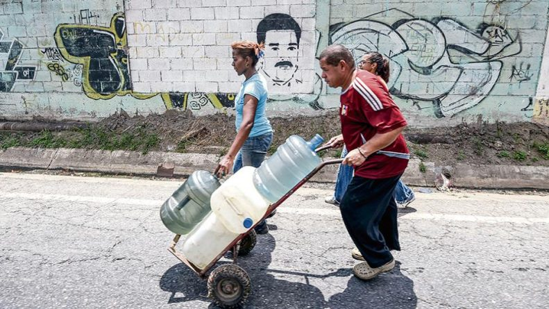 Venezuelans Working to Recover From the Blackout