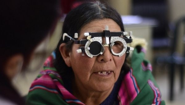 Cuban-Venezuelan Program Returns Eyesight to 700,000 Bolivians