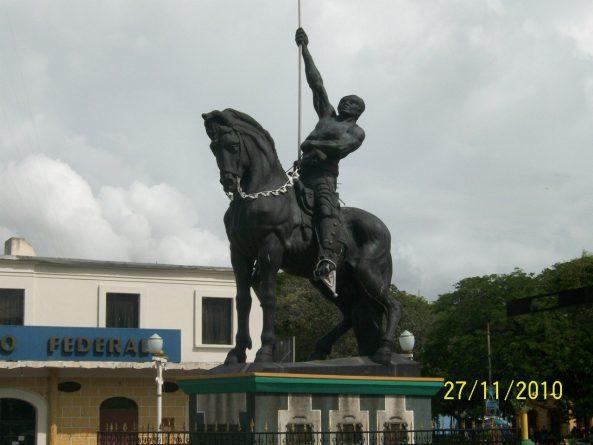 pedro-monument.jpg
