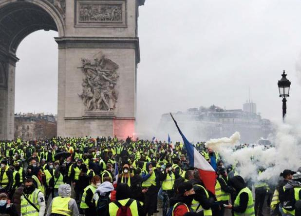 Yellow Vests will Cross Paris from East to West in Large Demonstration
