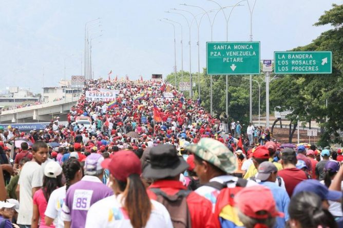 "Chavista Tide Covered Caracas on #1May - ""Operacion Libertad"" Failed (Videos+Images)"
