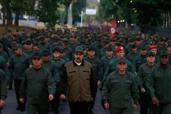 President Maduro Led Military March This Thursday Morning in Fuerte Tiuna (Videos+Images)