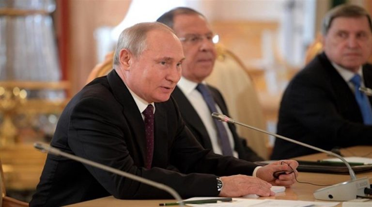 Putin Proposes Electing the US President by Self Proclamation Following Guaidó Example