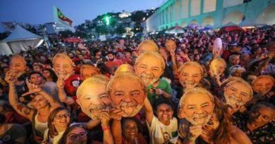 Brazil Prosecutor Asks that Lula go Under a Semi-Open Regime