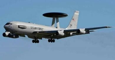 US Military Aircraft AWACS Stationed in Curacao for Several Days (+Blackout)