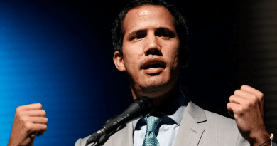 Western Media Losing Enthusiasm for Failing Coup in Venezuela