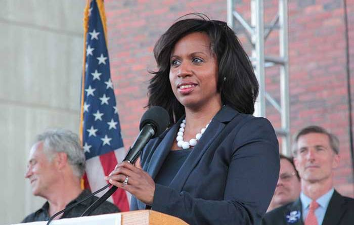 """When Will Ayanna Pressley Realize that """"the Pain"""" She Feels is the Identical Pain Palestinians Feel?"""