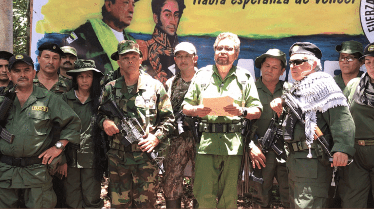 FARC-EP Leaders Back to Armed Struggle - FARC Party Will Continue within the Peace Agreement