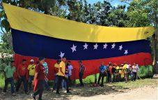 Activists and militants arrived from Lara, Apure, Caracas and Barinas States. (Katrina Kozarek / Venezuelanalysis.com)