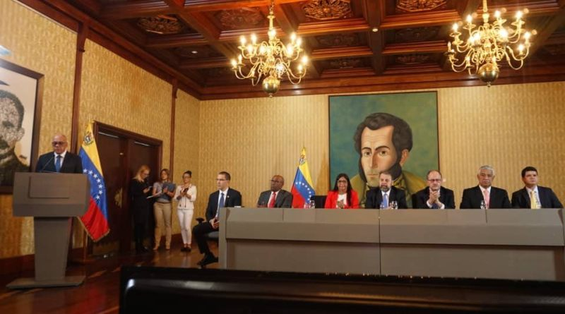 Government and an Opposition Group Form a New National Dialogue Table for Peace and Sign 6 Agreements (Video + Images)