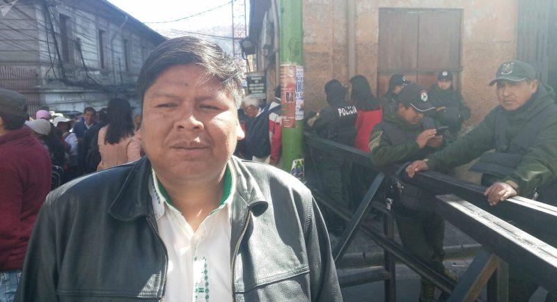 Bolivia Mobilizes Against Racism and Coup d'Etat