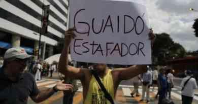 """Guaido Estafador"" (""Guaido Crook"") Became Trending Topic in Venezuela after Failed Anti-Chavista Demonstration in Caracas"