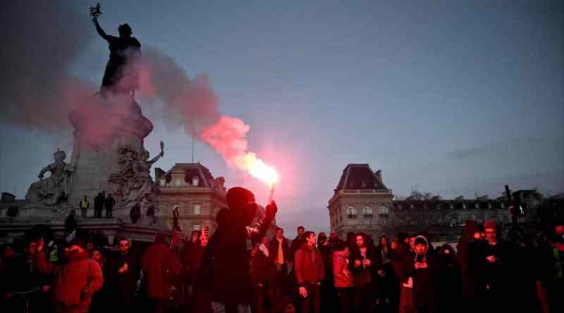 Macron's Regime Repress Protesters in Paris Again