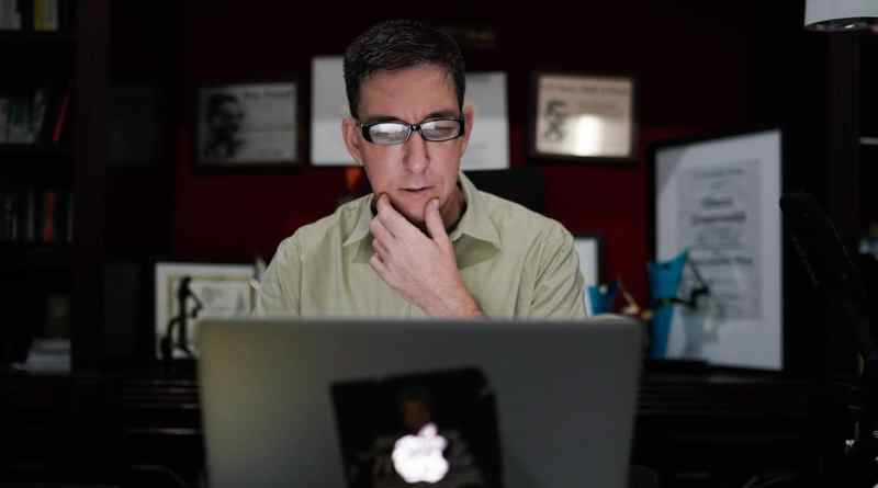 Brazil's Right-Wing Gov't Charges Journalist Glenn Greenwald with Cybercrimes