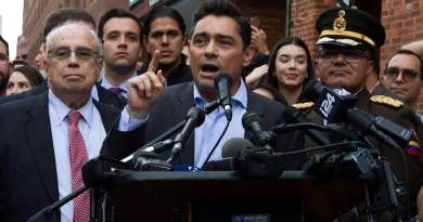Venezuelan Embassy in Washington Reopens Under Watch of Anti-Maduro Thugs