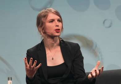 Assange Extradition Hearing: Chelsea Manning's Grand Jury Resistance a Major Hurdle for Prosecutors