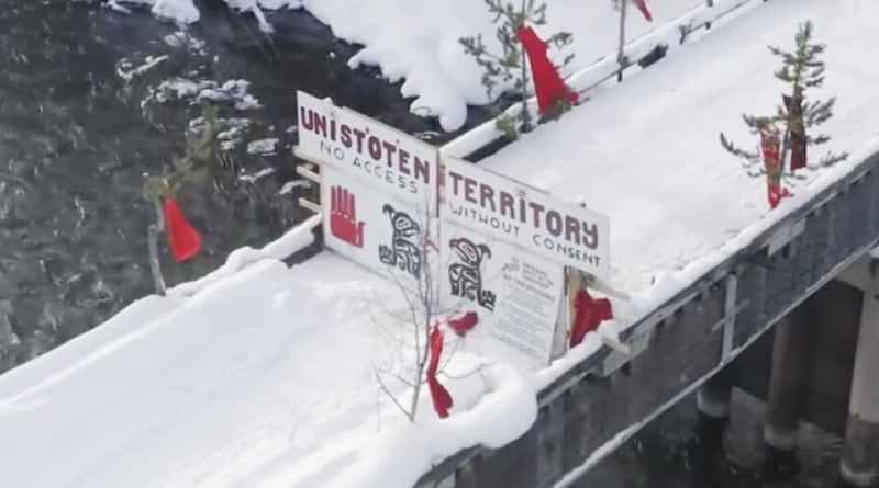 Canada: All Eyes on Unist'ot'en (Update + Images)