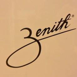 Zenith社のハイローテーブルを使用しています。