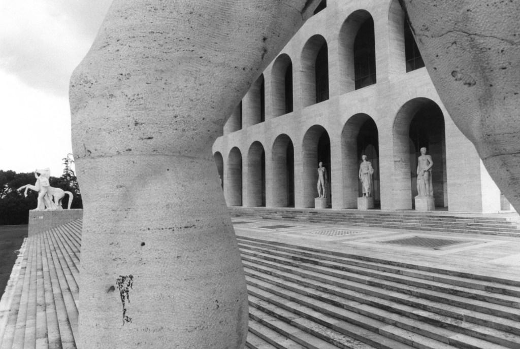Tim Benton, Palazzo della Civiltá Italiana, EUR (archs. Giovanni Guerrini, Ernesto La Padula and Mario Romano)