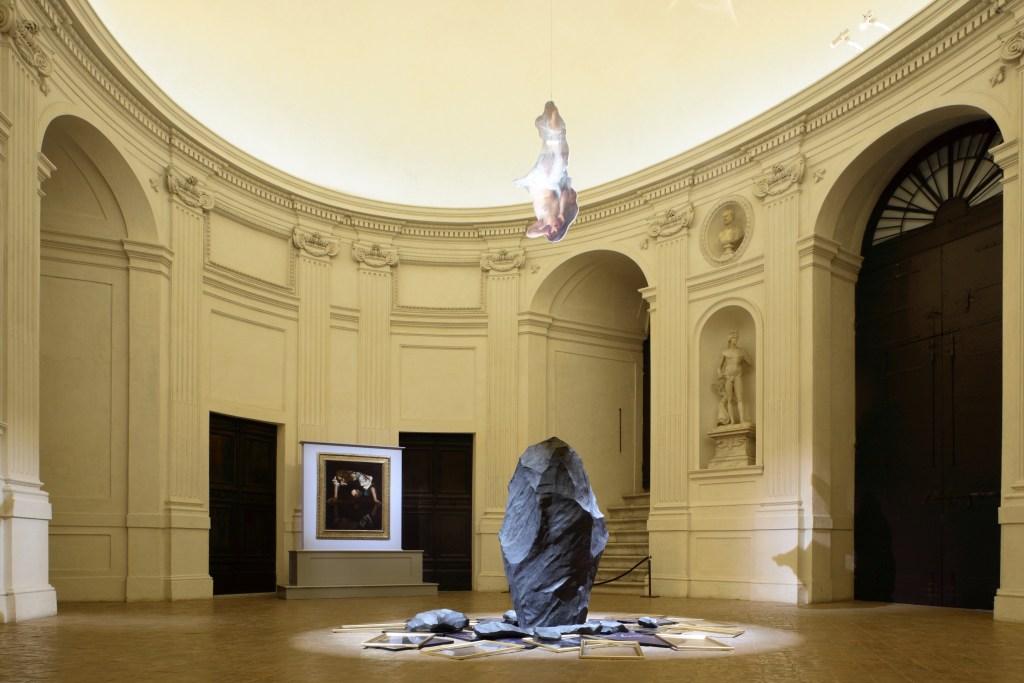 Giulio Paolini e Caravaggio (ph. Alberto Novelli)