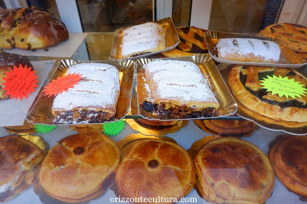 Alcuni dolci della Pasticceria Boccione, Ghetto