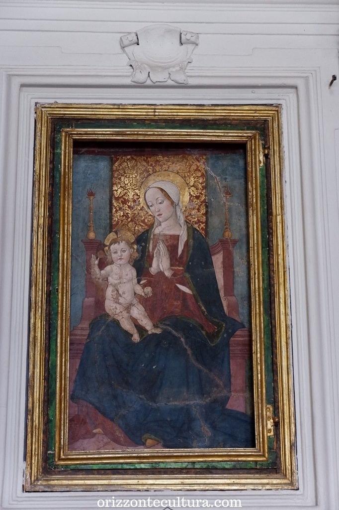 Madonna con il Bambino, chiesa della Madonna di Costantinopoli, Scanno cosa visitare borghi Italia