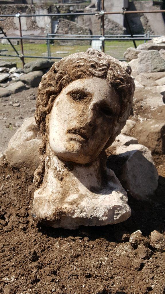 Testa Dioniso, il ritrovamento, Fori Imperiali