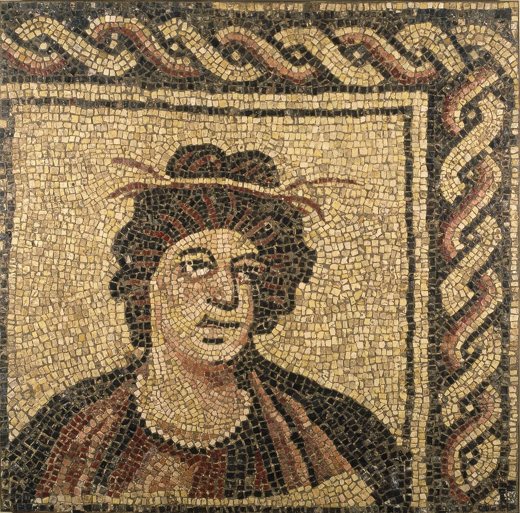 Mosaico policromo con busto di stagione, colori dei romani Centrale Montemartini